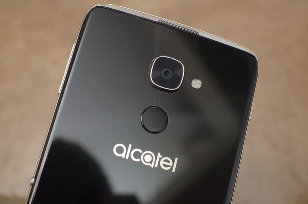 alcatel-idol-4s-windows-10-mobile-9